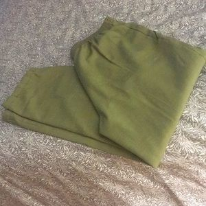 Olive green stretch pants with pockets